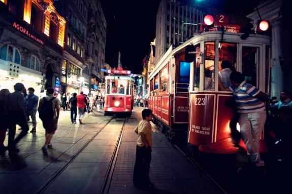 1ok_istiklal_street_by_theprodiqy-d4ah4k9