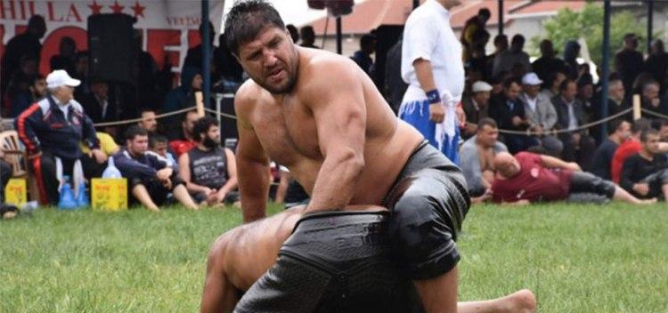 recep-kara-wrestling